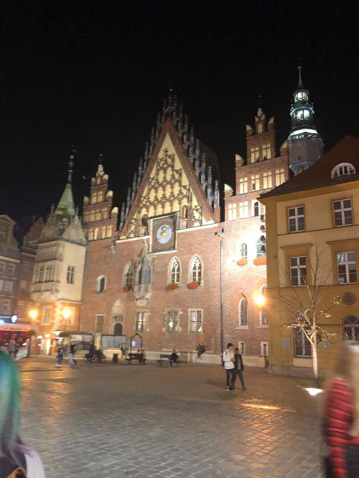 WROCLAW AS A CITY AND WHAT TO DO ON A VISIT HERE- BLOG BY SADHBH