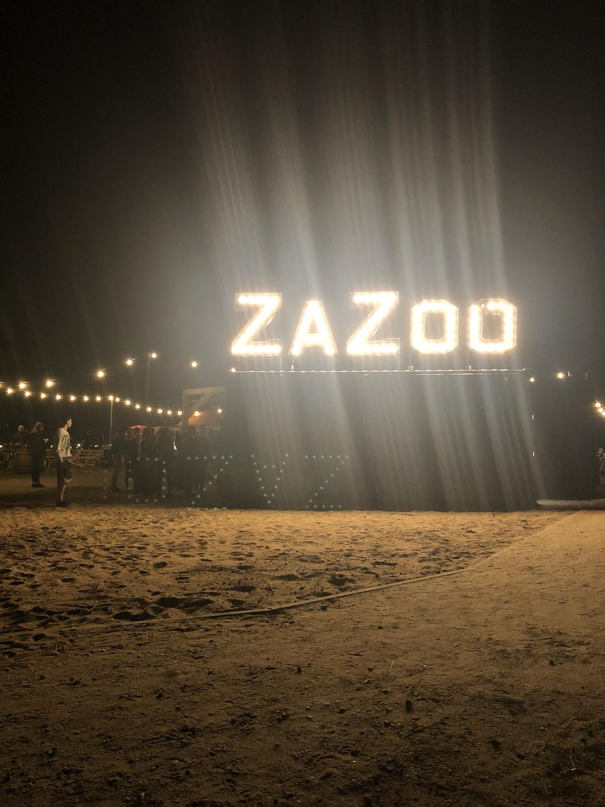 Some pictures of ZaZoo beach bar